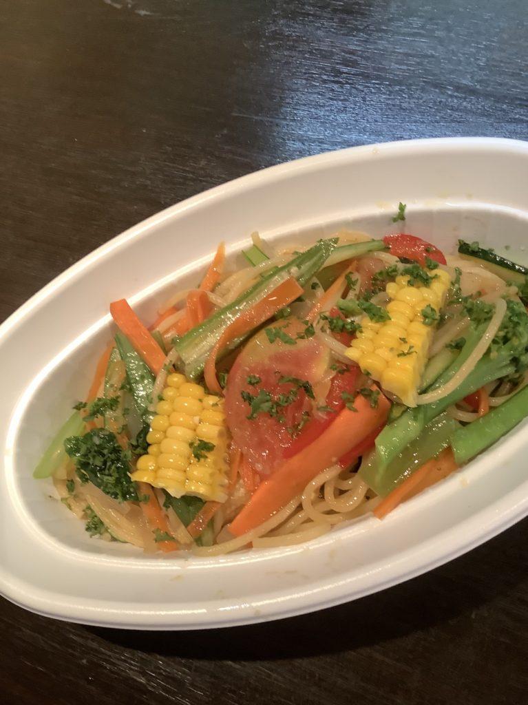 夏野菜とアンチョビのペペロンチーノ